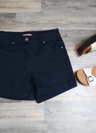 Стильные синие в черную клетку джинсовые шорты с высокой посадкой