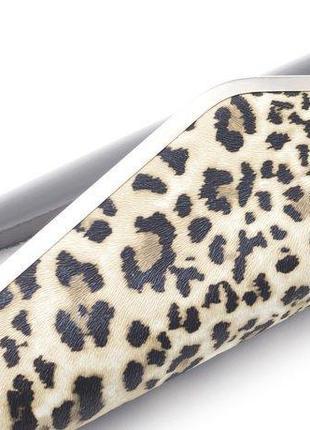 Овальный твердый клатч лаковый черный бежевый с леопардовым принтом