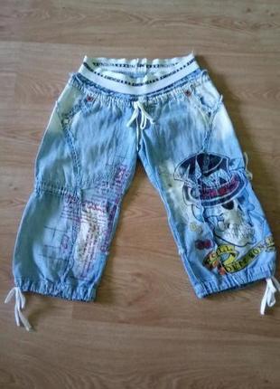 Стильные джинсовые бриджи