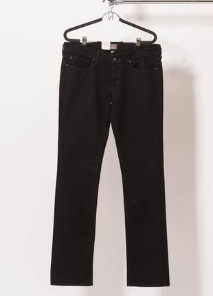 Классические черные джинсы