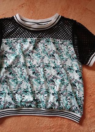 Мега стильна футболка/4-5років/130грн