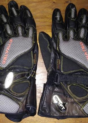 Кожаные мотоперчатки dynatec