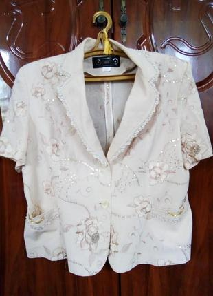 Шикарный костюм с цветочным принтом и ажурной окантовкой  хлопок