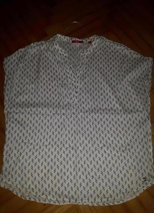Свободная блуза в принт от s.oliver! p.-44