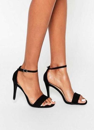 Аккуратные минималистичные боссоножки на каблуке new look