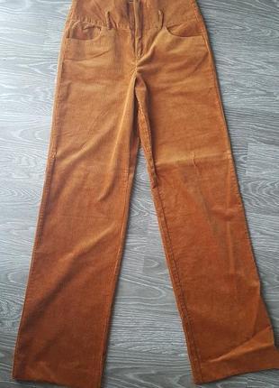 Стильные вельветовые штаны zara