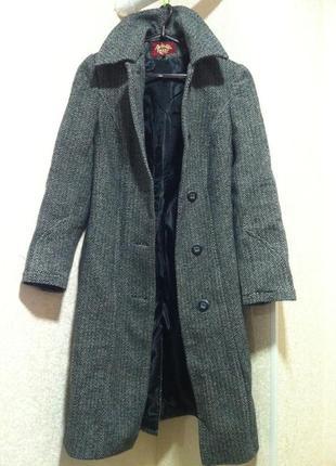 Серое базовое пальто шинель