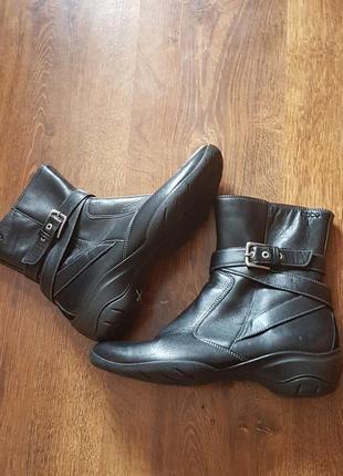 Кожаные утепленные ботиночки ecco
