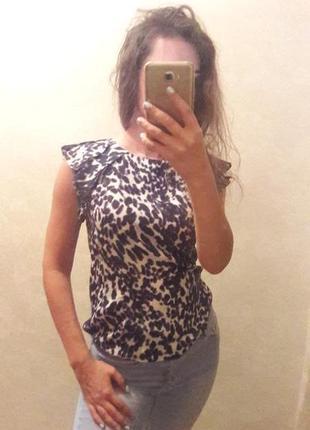 Блуза zara с оборками