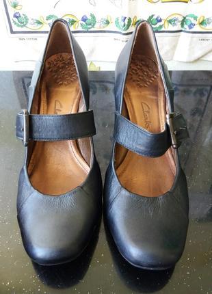 Супер туфли лодочка на среднем каблуке