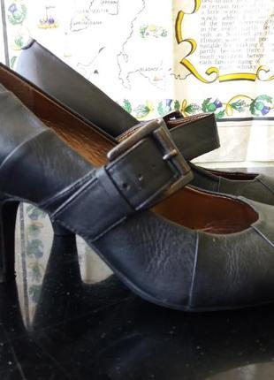Супер туфли лодочка на среднем каблуке2