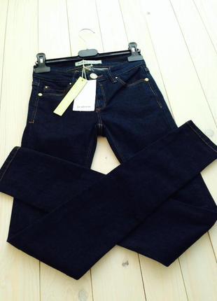 Идеальные коттоновые темно-синие джинсы скинни размер 22 stradivarius