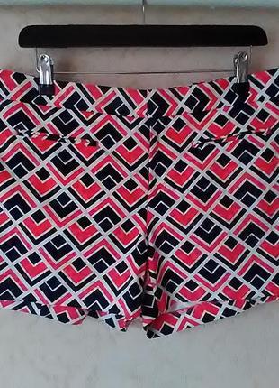 Фирменные женские шорты