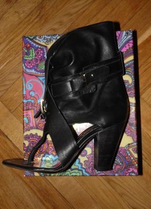 Летние кожаные сапоги ,размер 39