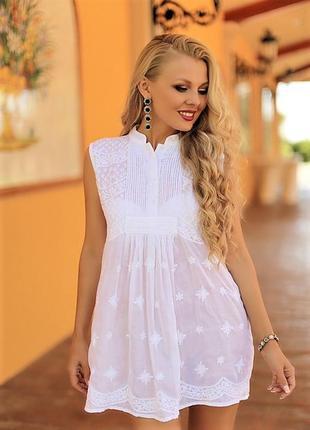 Нарядная батистовая блузка туника с вышивкой вручную без рукавов испания 46 48 50 52