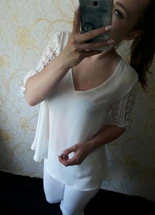 Шикарная блузка от zara с шикарным гипюром на рукавах