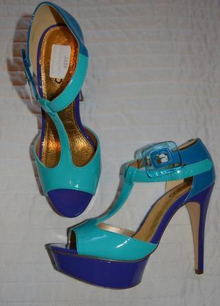 Распродажа! босоножки 40 р синий, голубой новые по стельке 26 см
