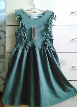 Новое платье на девочку от 8 до 10лет.