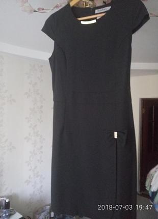 Платье черное в деловом стиле eur 40 /м
