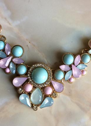 Колье ожерельем украшение