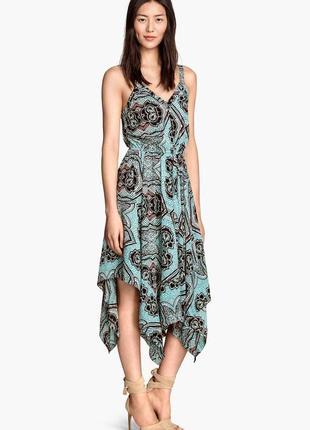 Эффектное миди платье h&m с ассиметричной юбкой в принт цветы
