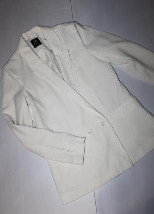 Модный пиджак размер 10
