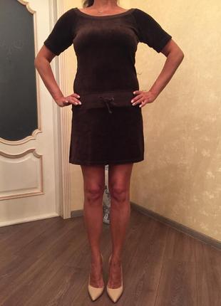 Велюровое платье известного бренда