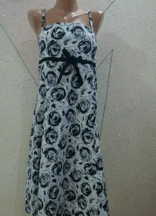 Натуральное платье в розочки на тоненьких брителькахи ленточкой под грудью. размер 14-18
