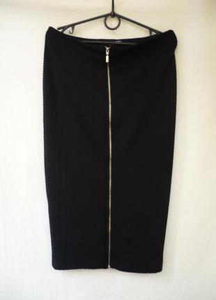 Юбка карандаш черная с замочком спереди