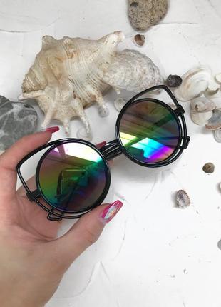 Радужные зеркальные очки