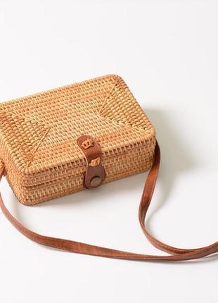 Плетенная сумка из ротанга, соломенная сумка