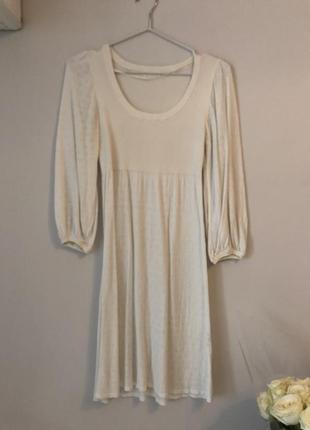 Платье очень нежное и женственное