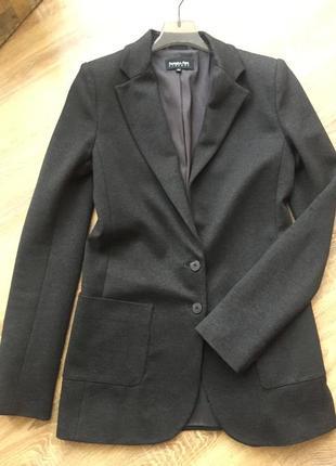 Піджак фірмовий ( пиджак, жакет)