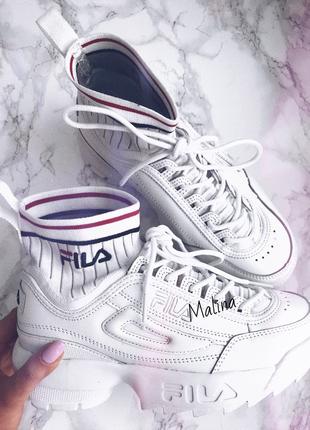 Красные женские кроссовки Fila 2019 - купить недорого вещи в ... 5f6cb7fd85b