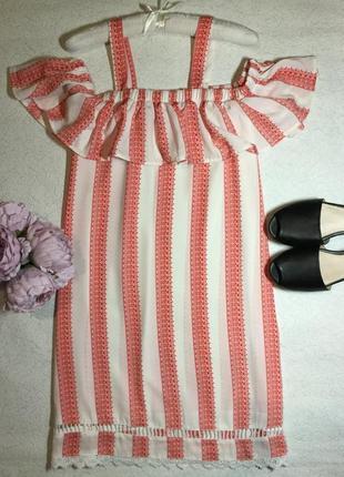 Платье с открытыми плечами волан boohoo 16 размер
