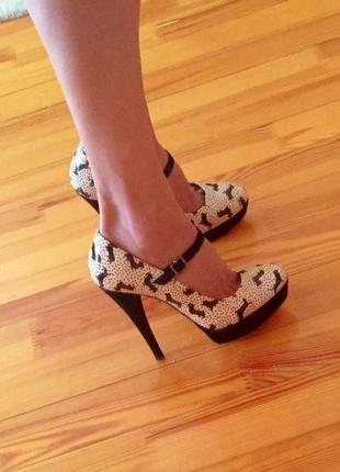 Новые туфли fornarina