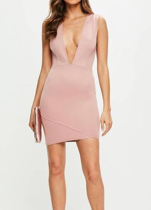 Новое розовое вечернее коктейльное облегающее платье с глубоким декольте missguided
