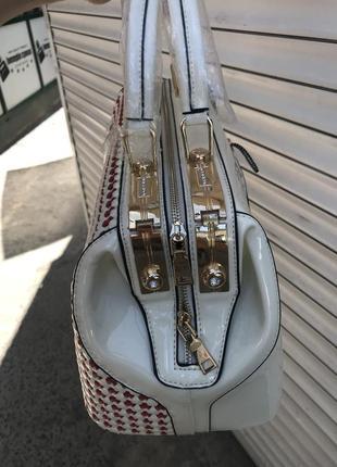 Сумка кожаная сумка лаковая4