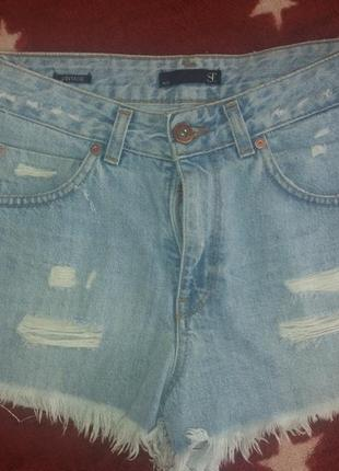 Очень крутые джинсовые шорты