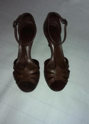 Босоножки, туфли натуральная кожа