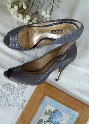 Кожаные туфли dumond