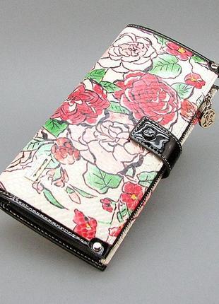 Кожаный цветной кожаный кошелек на молнии с розами