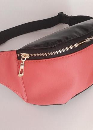 Розовая бананка сумка на пояс