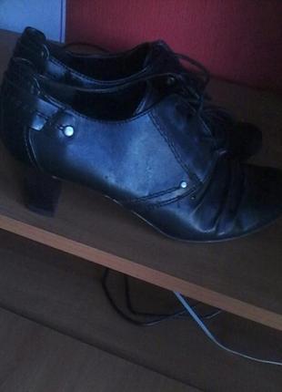Туфли осень-весна на каблуке