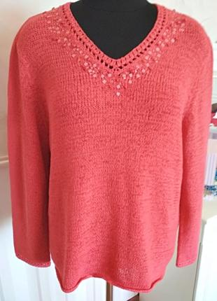 Коралловый свитер с пайетками, размер 50-52-54.