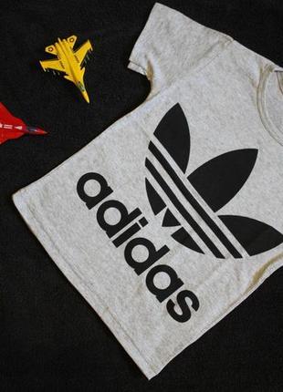 """Футболка детская серая с надписью """"adidas"""""""