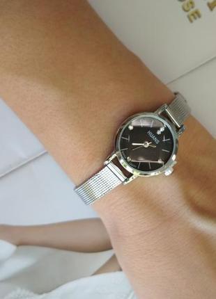 В наявності!!!стильний годинник!маленькие часики,часы💣.