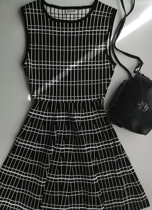 Классическое вечернее черное платье dilvin