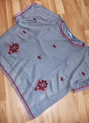 Вышиванка блуза с вышивкой от next шифоновая размер s,m,l с открытыми плечиками