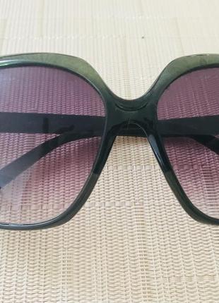 Очки с большими квадратными стёклами 70-е